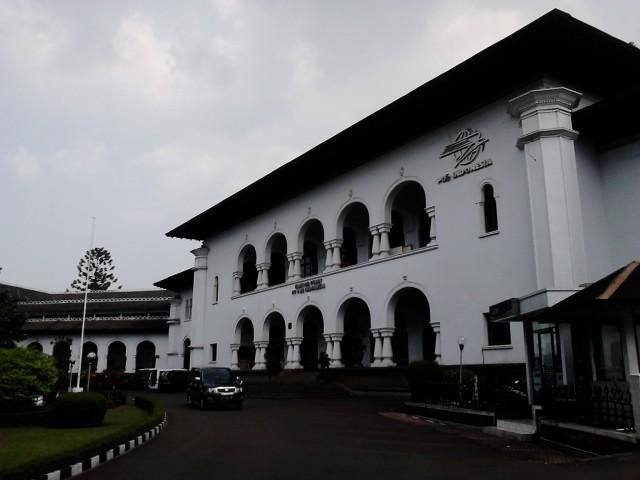 Museum Pos Indonesia tampak depan