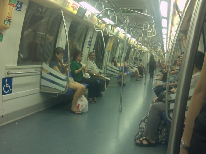 Suasana di dalam MRT Train