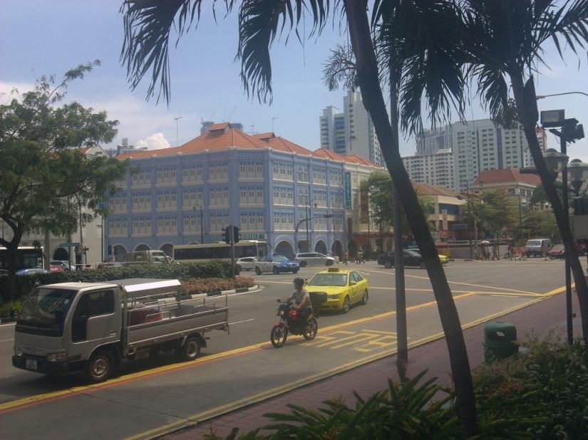 Gedung yang menarik di Eu Tong Sen Street