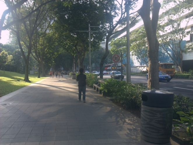 Large sidewalk at Orchard Road