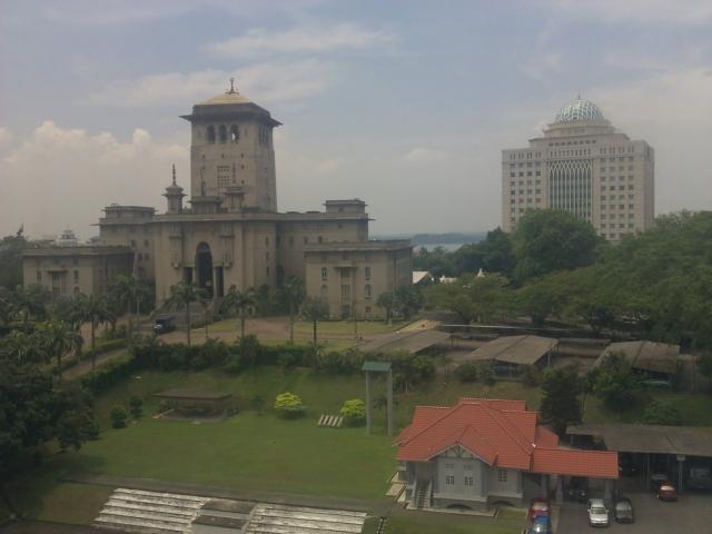 Bangunan Sultan Ibrahim dari Raffles University