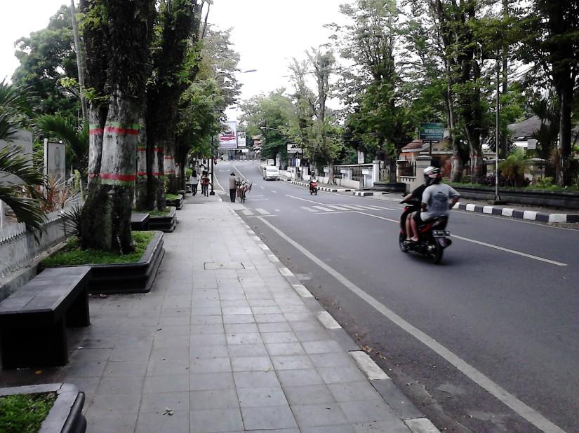 Jl. Adi Sucipto - Salatiga