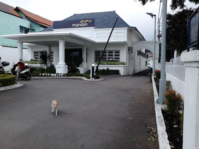 Gedung Bank Mandiri yang menarik