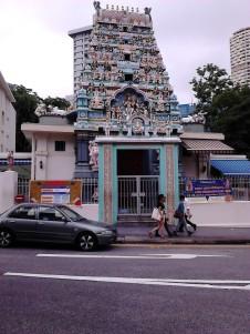 Sebuah kuil di Keong Saik Road
