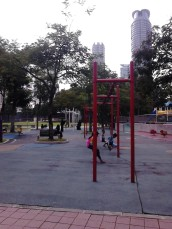 "Children playing ""Ayunan"""
