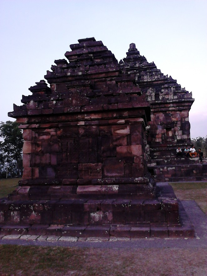 Two main temples of Candi Ijo. The temple at the back is the biggest one.