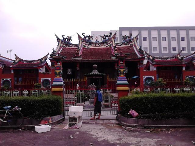 Kelenteng Satya Budhi / Hiap Thian Kiong