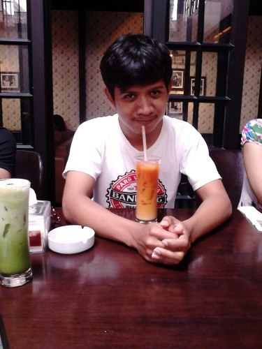 Tha Ice Tea and me, Gigglebox Cafe & Resto