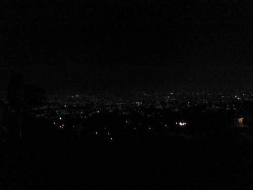 Bandung yang masih dilingkupi kegelapan. Sorry for the poor quality :(