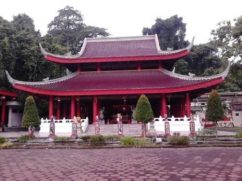 Kuil Besar - Klenteng Sam Poo Kong