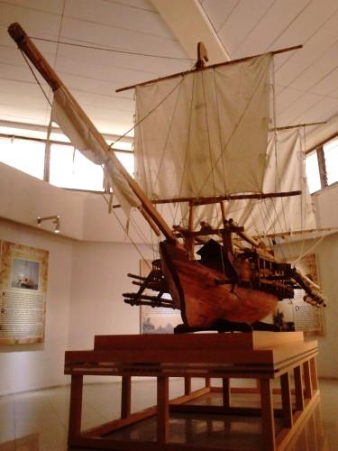Replika kapal