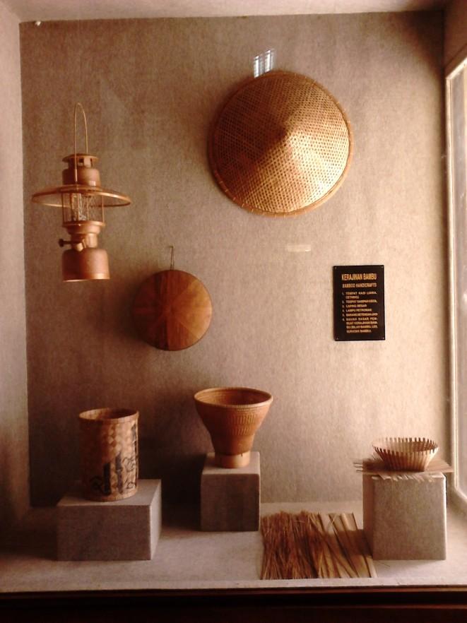 Perabotan rakyat jaman kerajaan