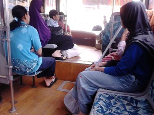 Di dalam bus BRT Trans Semarang