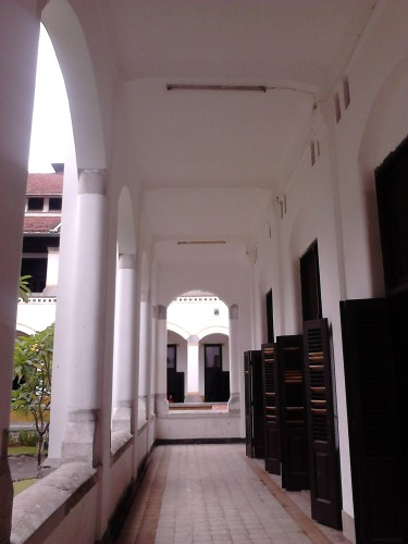 Koridor bawah Gedung B