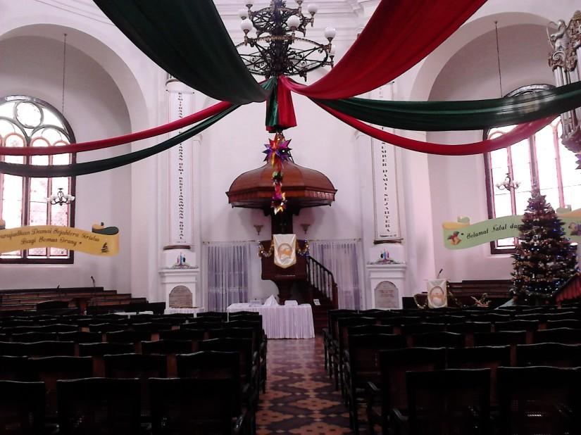 Interior Gereja Blenduk