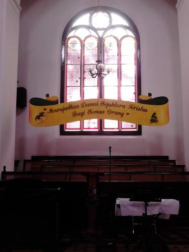 Bangku-bangku untuk choir