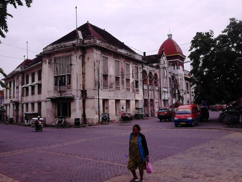 Persimpangan Kota Lama Semarang
