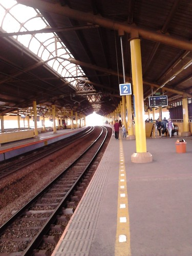 Waiting for my Commuter Line train at Gondangdia Station, Jakarta.
