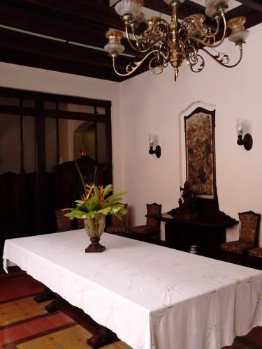 Ruang makan Pura Mangkunegaran