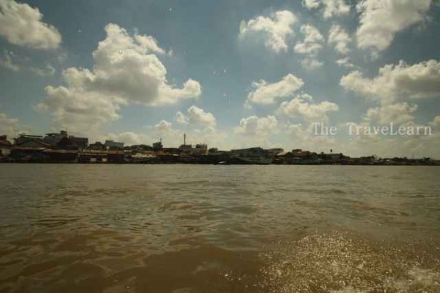 Let the adventure begins! (Musi River, heading to Pulau Kemaro)