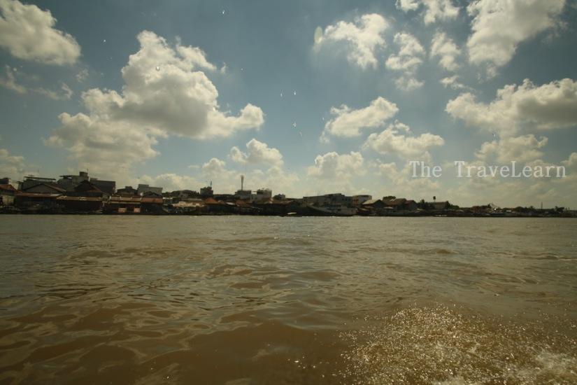 Let the adventure begins! (Musi River, heading to Pulau Kemaro)