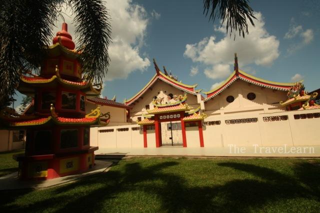 The chinese shrine (klenteng) of Pulau Kemaro