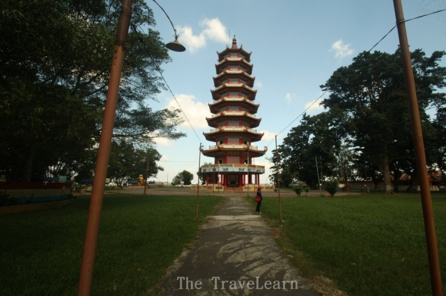 The pagoda seen from the back
