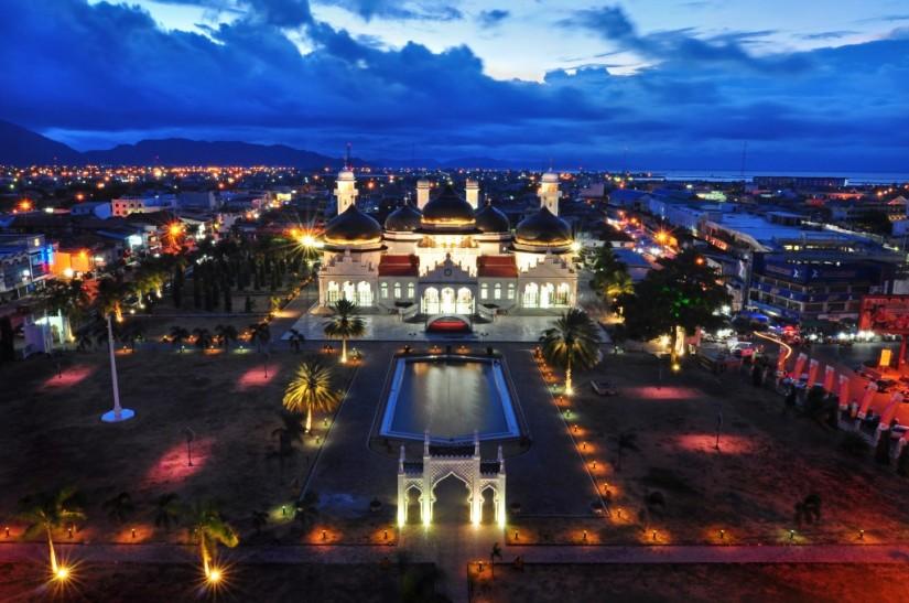 Masjid Baiturrahman Banda Aceh | Foto diambil dari sini