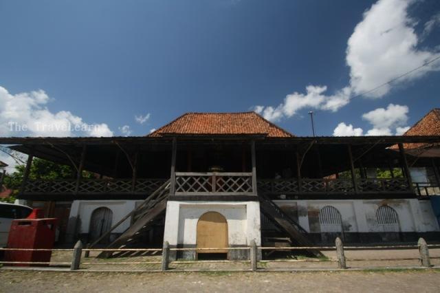 Sebuah rumah besar di Kampung Kapitan, Palembang