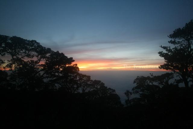 Fajar Gunung Cikuray
