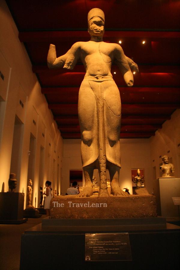 A great sculpture inside Sivamokhaphiman Hall - Bangkok National Museum