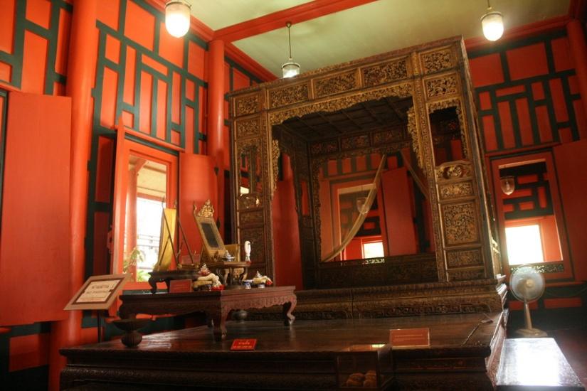 Inside the Red House, Bangkok National Museum