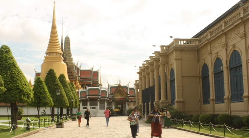 The outside complex of the Grand Palace, Bangkok