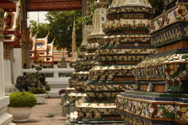 The chedis at Wat Pho
