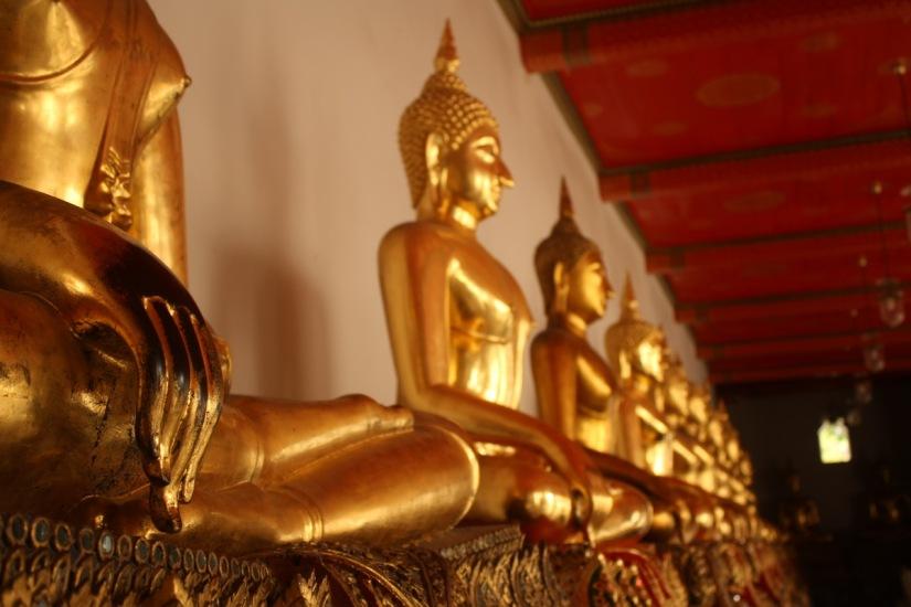 Buddha images at Wat Pho