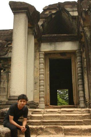 Mejeng dulu dong di Angkor Wat