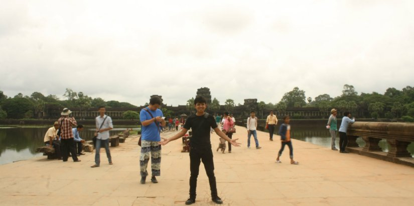 Akhirnya menjejak Angkor Wat!