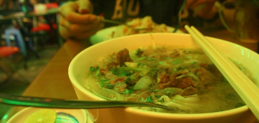 Hot vietnamese pho I ate at Pham Ngu Lao Street