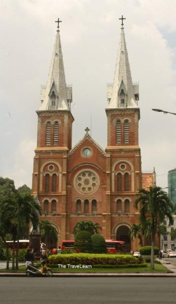 Katedral Notre Dame Ho Chi Minh City