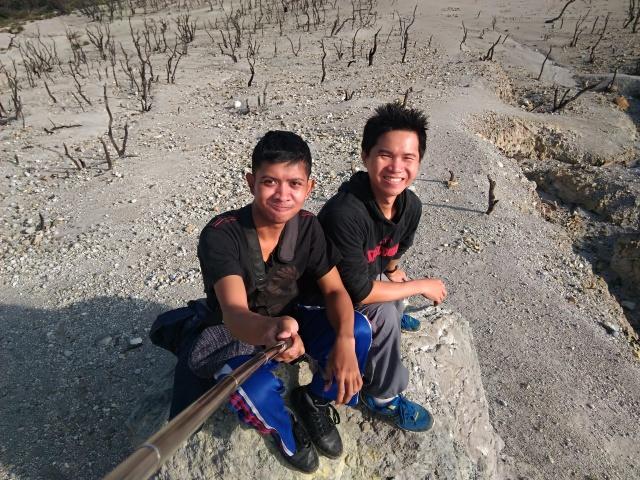 Selfie at Hutan Mati, Mount Papandayan