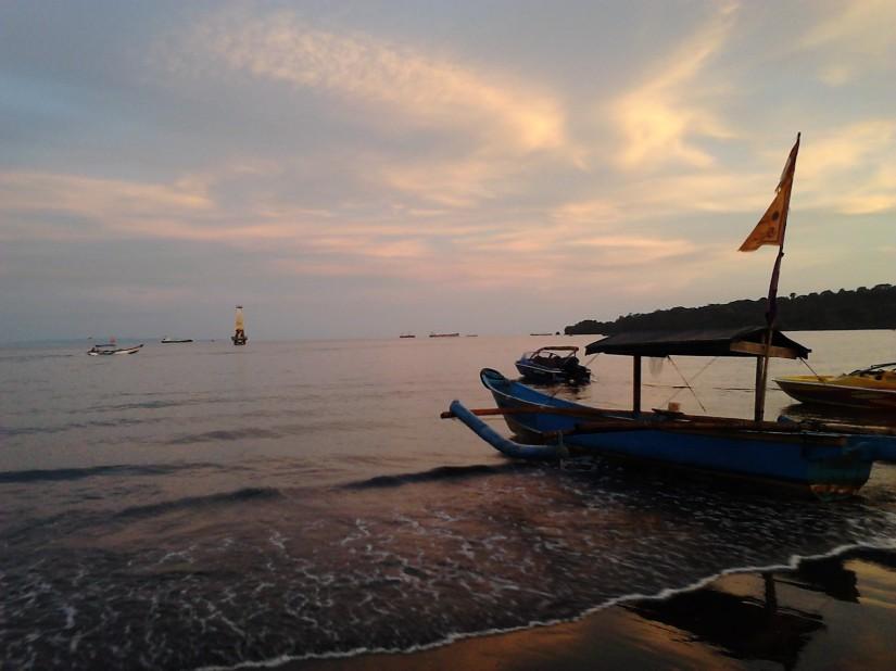 Senja di Teluk Penyu