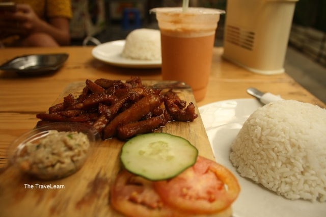 Smoked Pork dan Iced Thai Tea
