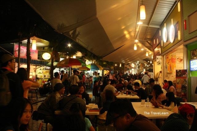 Suasana Sudirman Street, Bandung