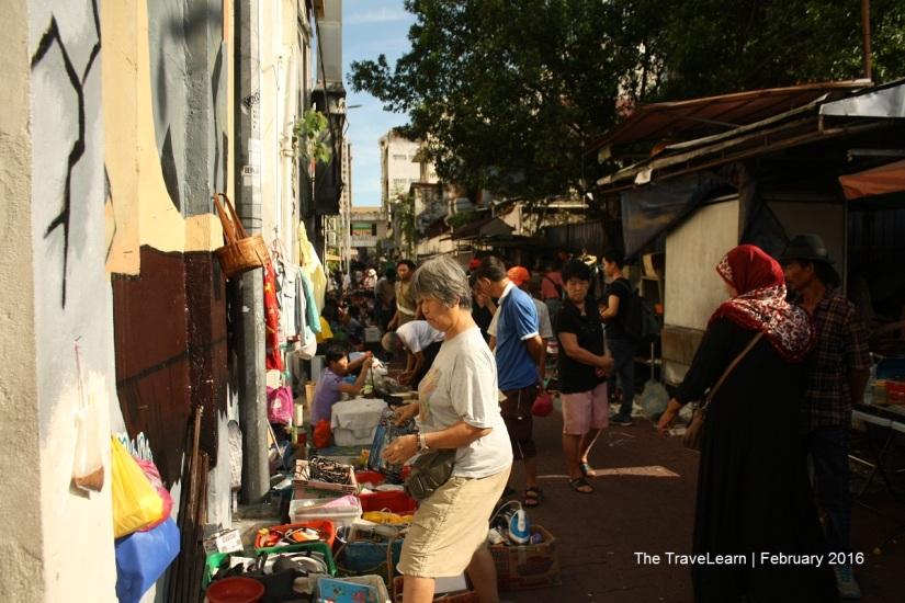 Memasuki Pasar Karat, Kuala Lumpur