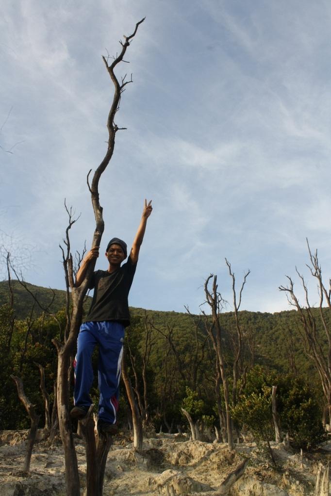 Berpose di Hutan Mati