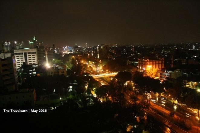 Pemandangan Jakarta dari balkon lantai 16 Gloria Suites
