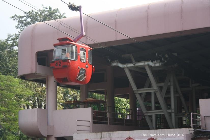 Kereta Gantung di TMII Jakarta