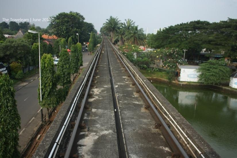 "Lintasan ""Monorail"" Titihan Samirono"