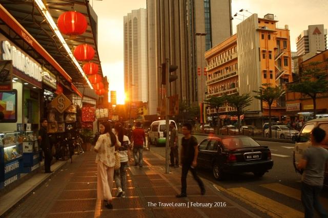 Approaching Petaling Street, Kuala Lumpur (fyi, foto ini menjadi salah satu pemenang #fridaysurprise #panoramagetlostquiz oleh akun IG Getlost Magz