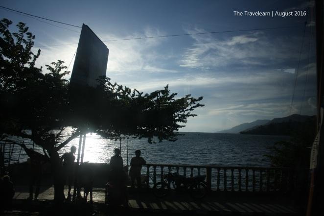 Danau Toba di penghujung senja